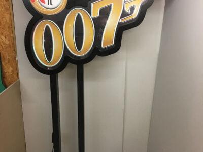 007-Casino-Sign