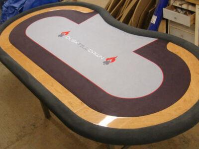 Custom-Poker-Table-2