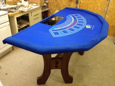 Seven-Sided-Blackjack-Table