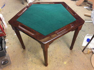5-Sided-Card-Table